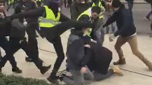 À Rouen, un agent de sécurité de l'équipe de LCI, roué de coups